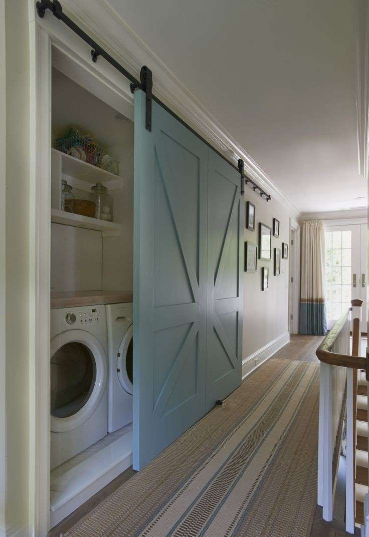 lavanderia dietro parete scorrevole